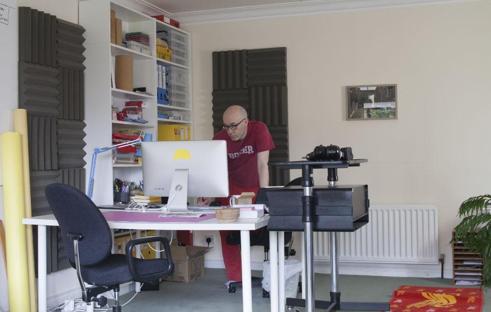 Photo: Michael Hanna in his studio. Courtesy of the Artist.